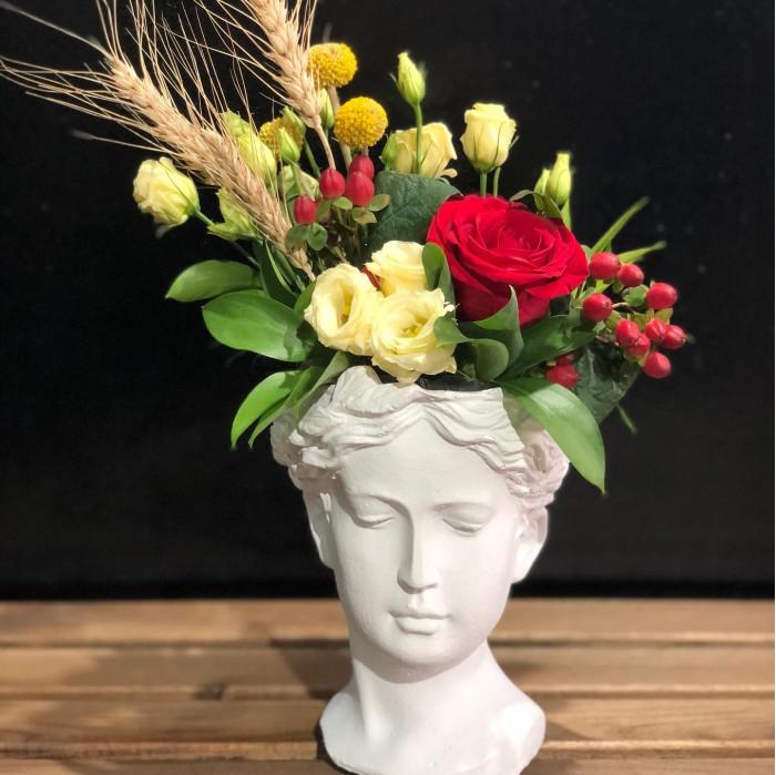 "Trandafiri in vaza ""Venus"""
