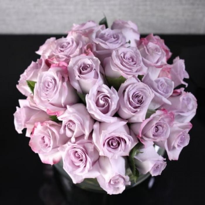 Buchet din 19 Trandafiri violet 40 CM