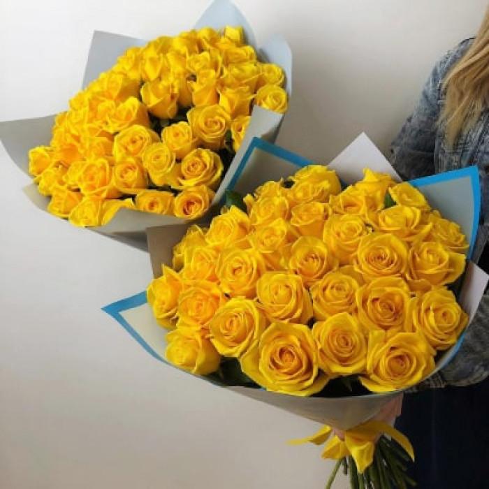 Trandafiri galbeni in ambalaj superb