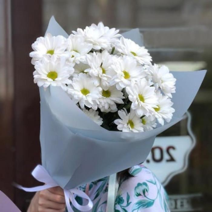 Buchet sclipitor de crizanteme albe