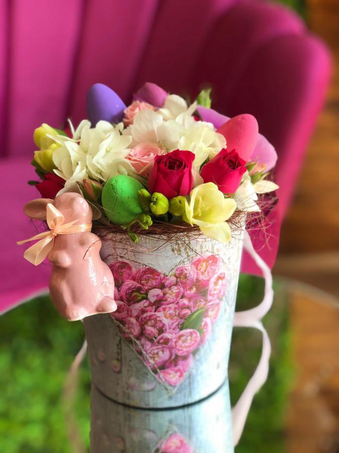 Aranjament Paște cu iepuraș de ceramică